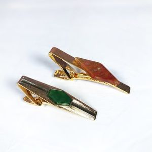 Mens tie clips two green and brown vintage clips.